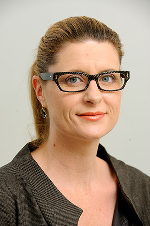 Image of podiatrist Elouise Carmichael at her Woolloongabba Brisbane clinic