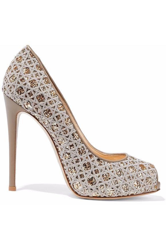 fashionable shoes for orthotics